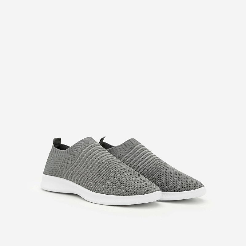 Giày Sneaker SNK 0010 – Màu Xám Đậm