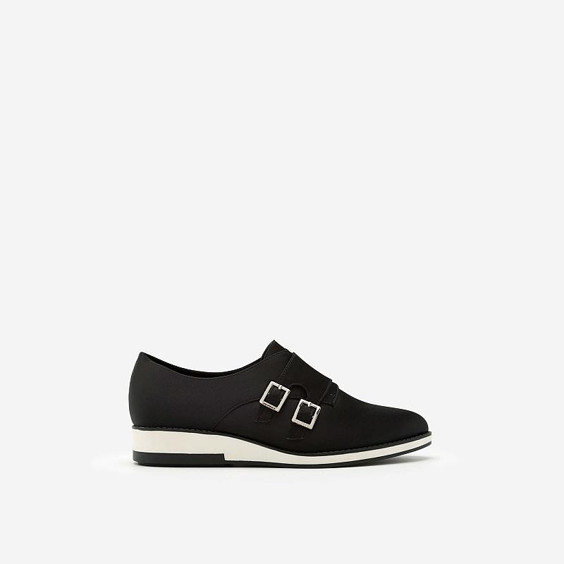 Giày Sneaker Satin Phối Khóa Cài Kiểu Belt – Màu Đen – SNK 0009