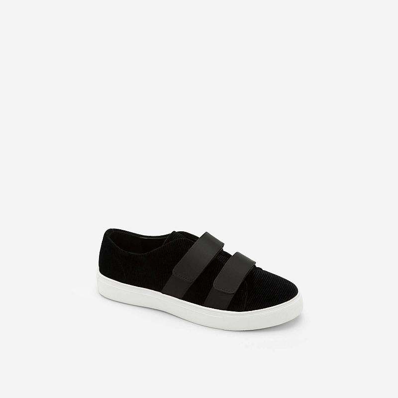 Giày Sneaker Nhung 2 Khóa Gài – SNK 0013 – Màu Đen