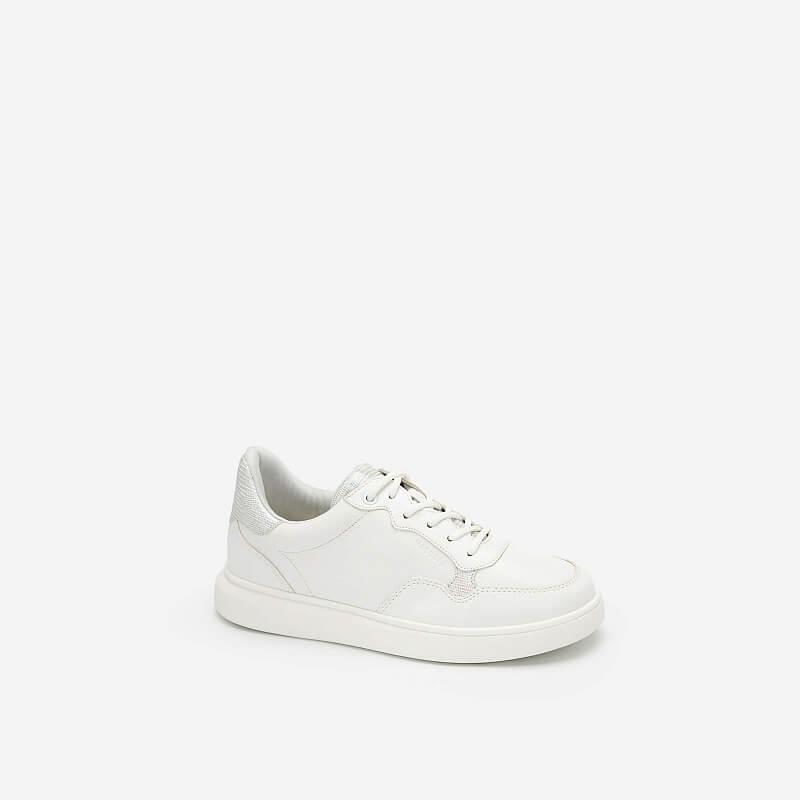 Giày Sneaker Viền Chỉ Nổi Đính Hologram – SNK 0035 – Màu Trắng
